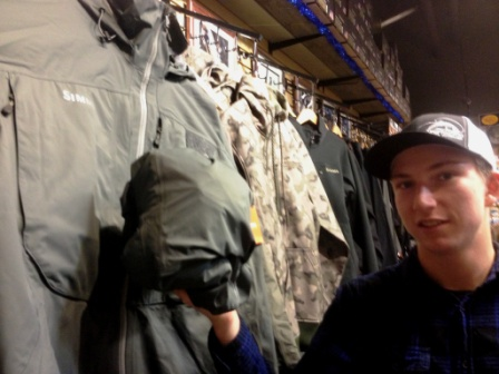 Simms_Riffle_Jacket_Vancouver