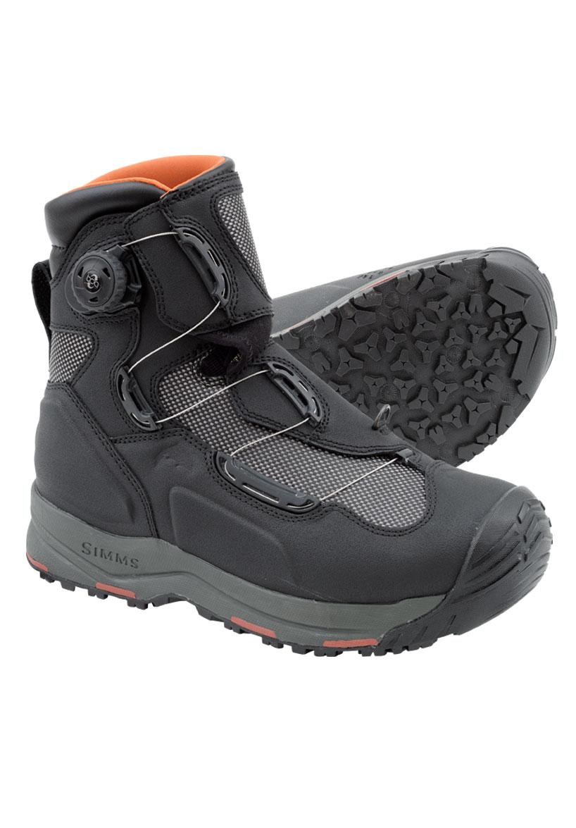 Simms G4 Boa boot in black.